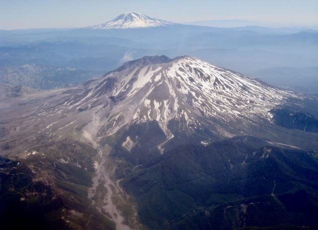 mt-st-helens-plane-window-photo