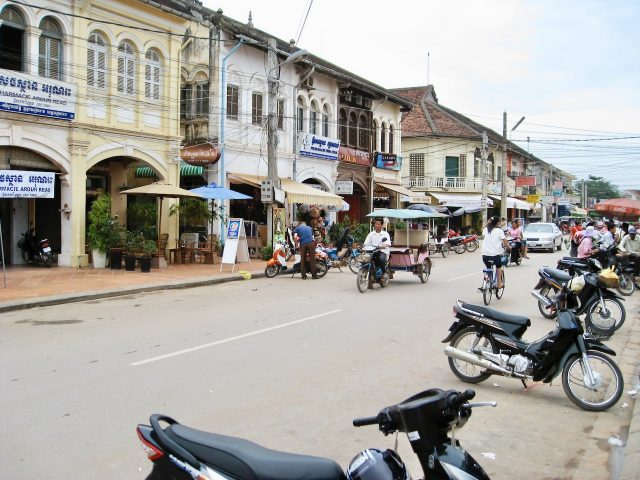 siem-reap-street-photo
