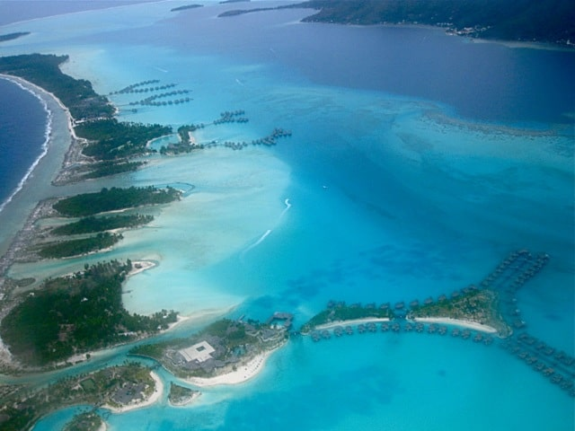 aerial-view-bora-bora-resorts-photo