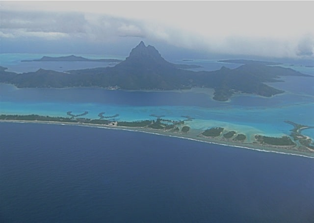 bora-bora-aerial-view-photo