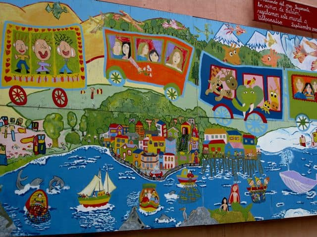 valparaiso-children-mural-photo