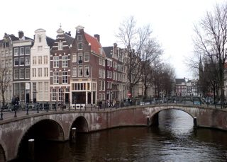 amsterdam-canal-photo