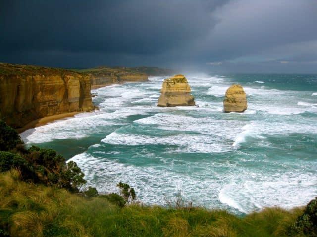 great-ocean-road-victoria-storm-photo