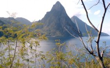 pitons-st-lucia-photo