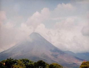 The rumbles of Volcan Arenal