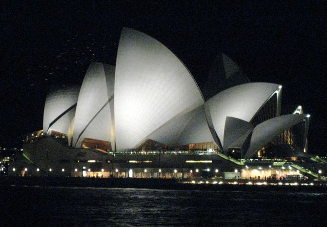 Enchanting spots: Sydney Opera House