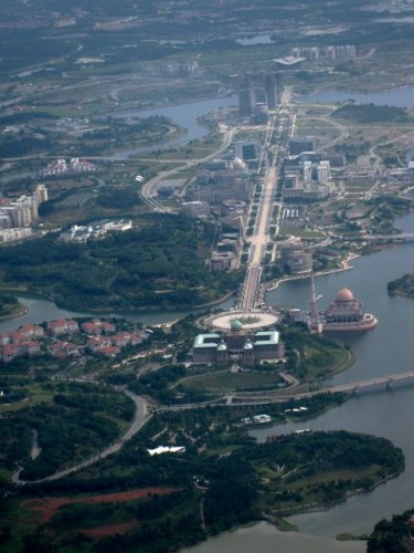 putrajaya-main-bouevard-photo