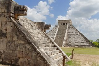 chichen-itza-pyramid-photo