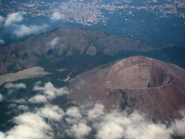 mt-vesuvius-crater-aerial-view-photo