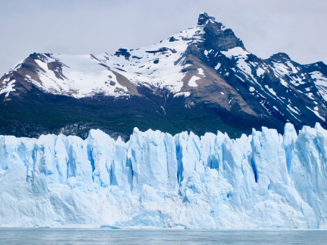 perito-moreno-glacier-pinnacles-photo