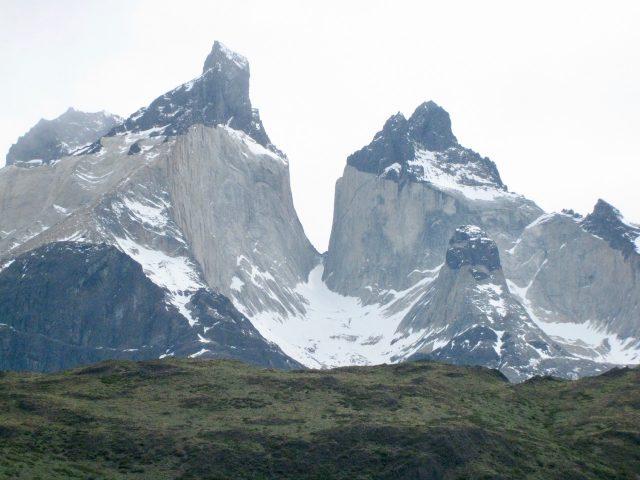 jagged-peaks-torres-del-paine-photo