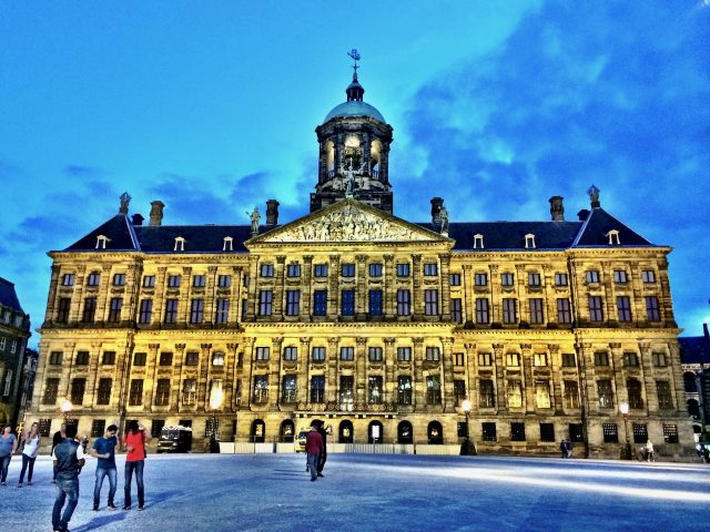 dam-palace-amsterdam-photo