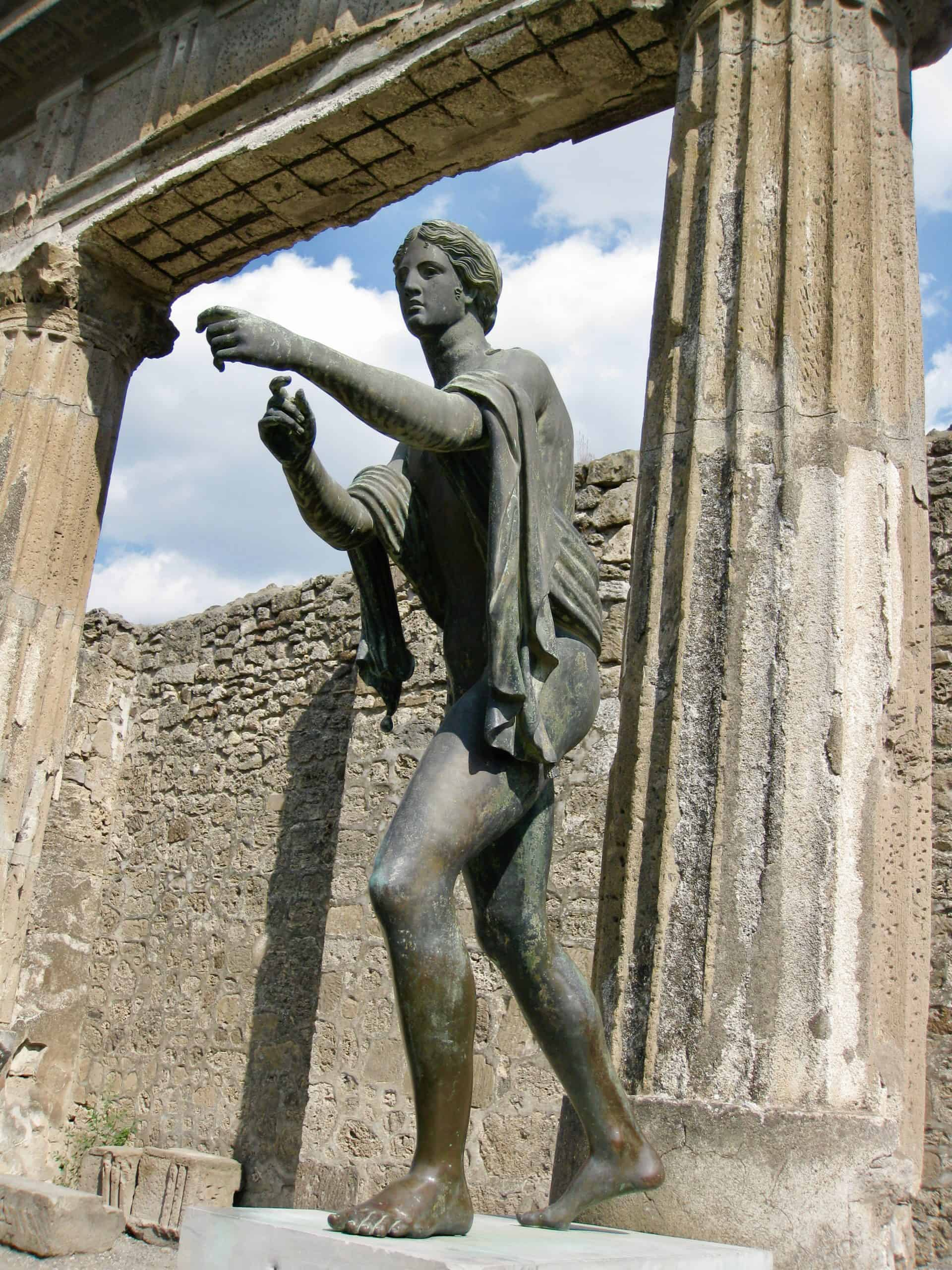 pompeii-statue-photo