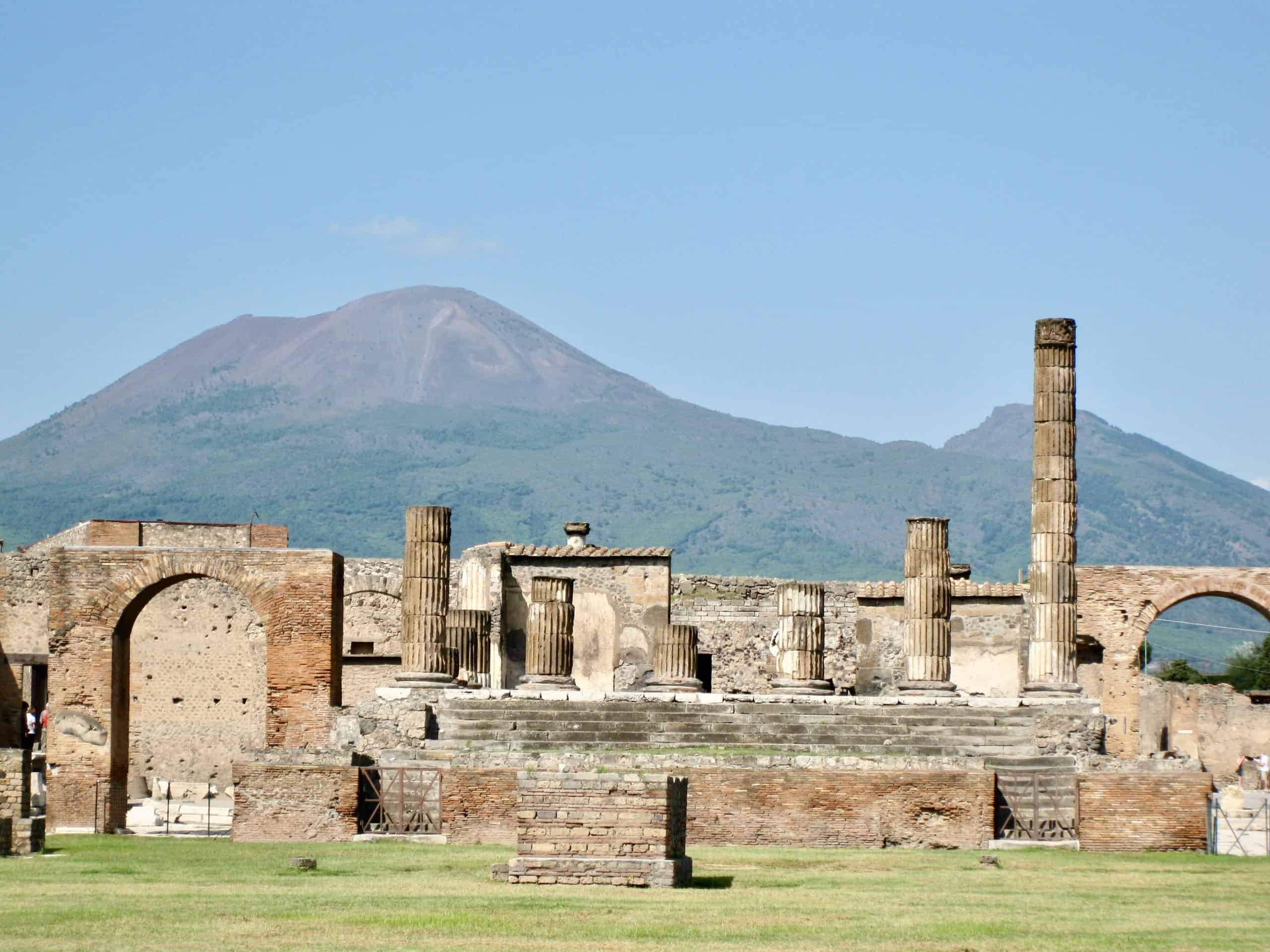 Things to see in Pompeii - the ancient Roman city destroyed by Vesuvius