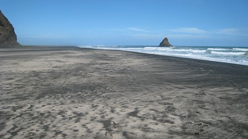 Places that inspire: Karekare beach, New Zealand