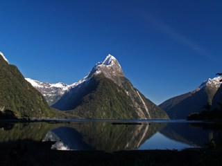 Enchanting spots: Milford Sound