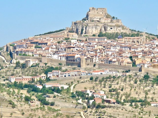 morella-walled-town-spain-photo