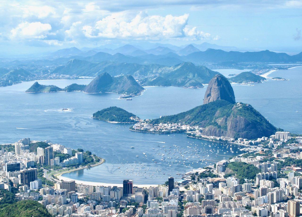 city-peaks-mountain-views