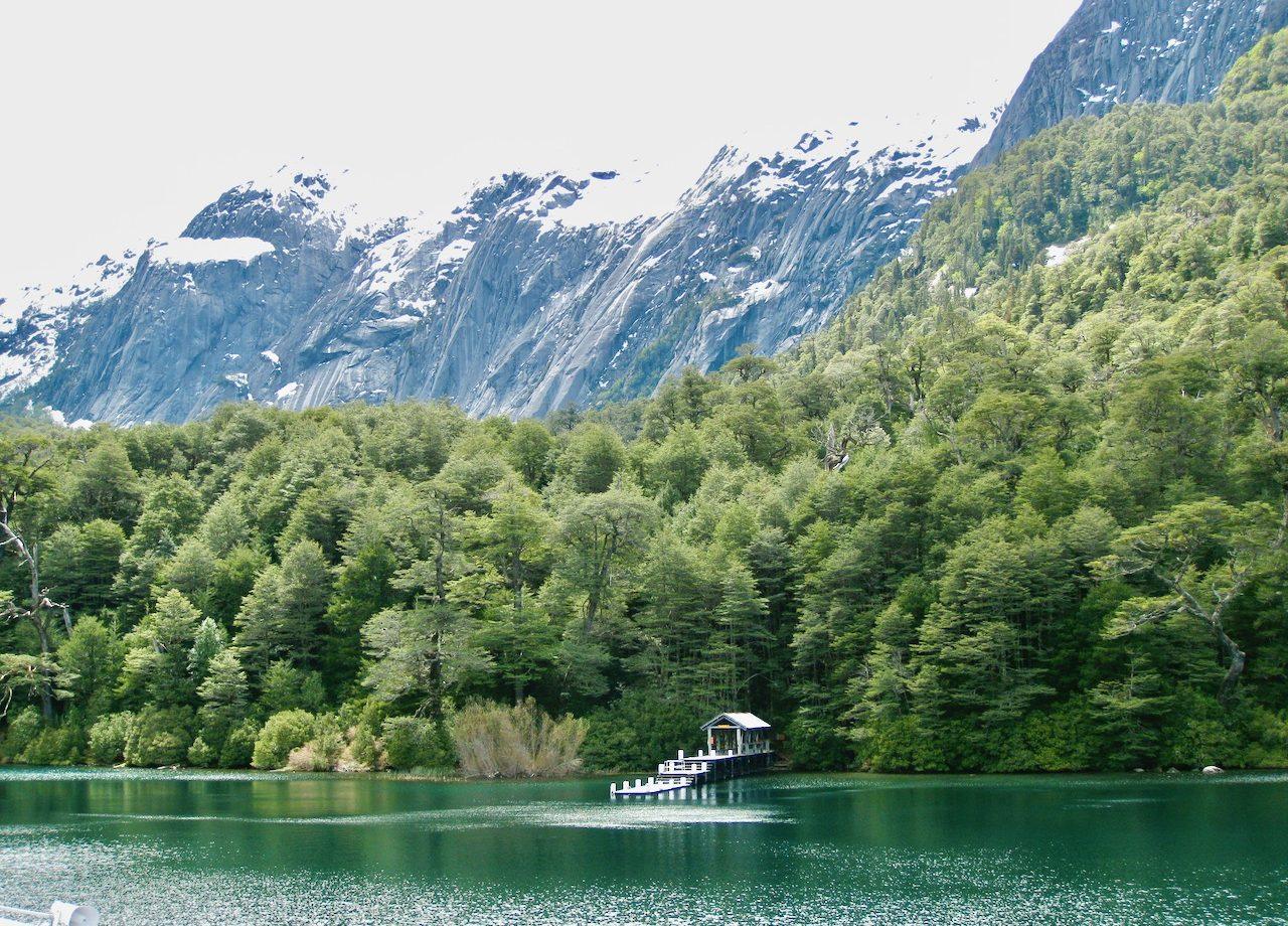 patagonia-lake-crossing-andes-photo