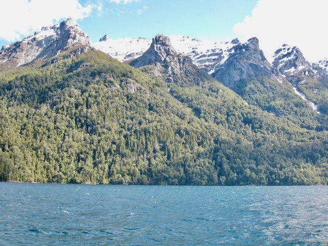 snowy-mountains_lake-nahuel-huapi-photo