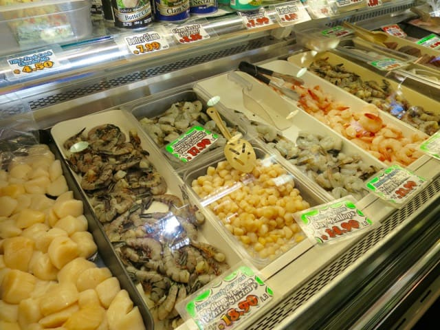 fresh-seafood-granville-island-photo