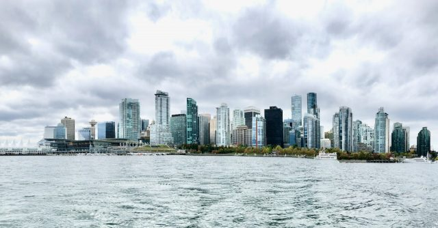 vancouver skyline photo