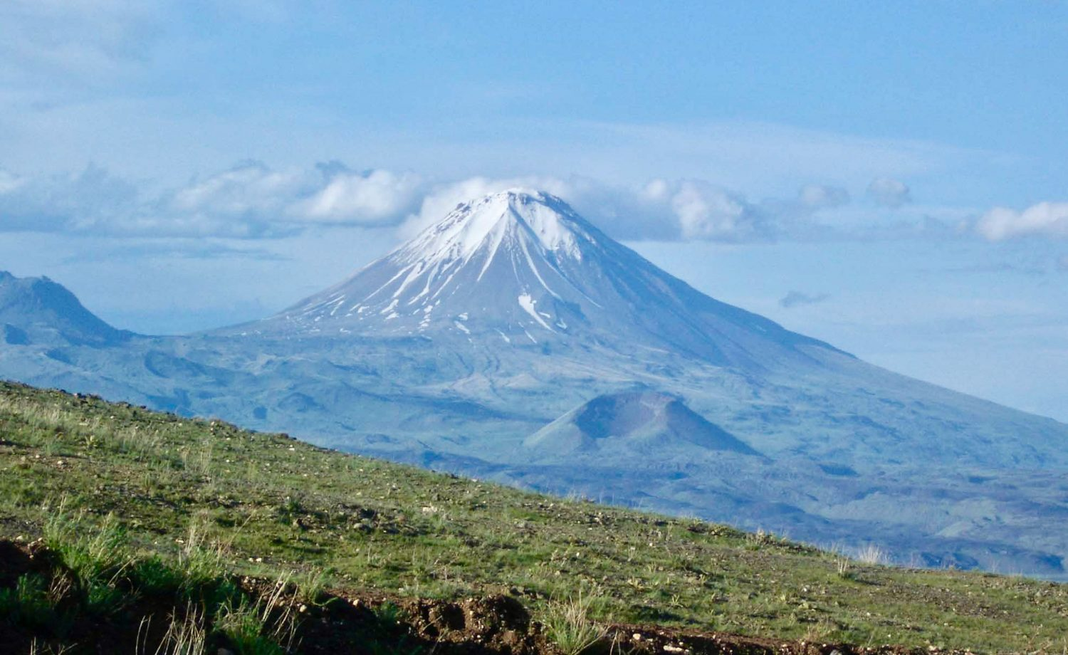 little-ararat-eastern-turkey-photo