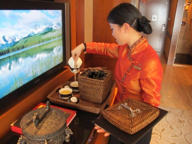 mandarin-oriental-hong-kong-tea-ceremony-photo