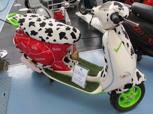 design-vespa-cow