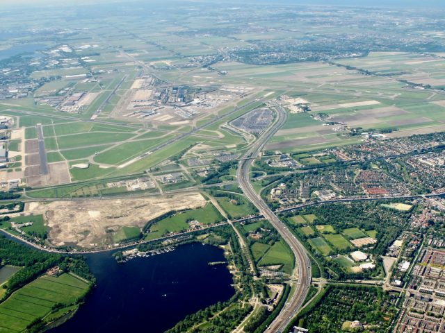 schiphol-airport-plane-view-photo