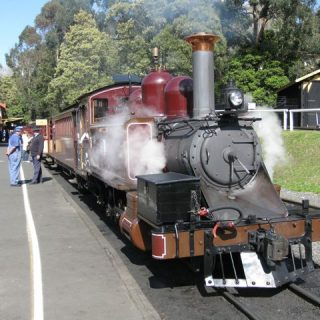 puffing-billy-steam-train