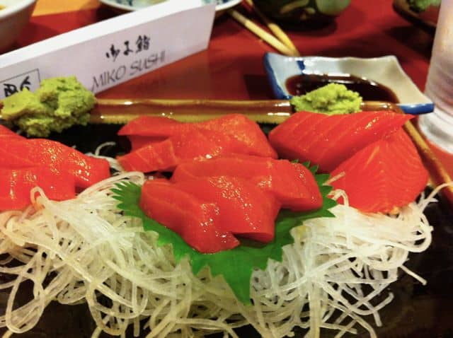salmon-sashimi-miko-sushi-vancouver-photo
