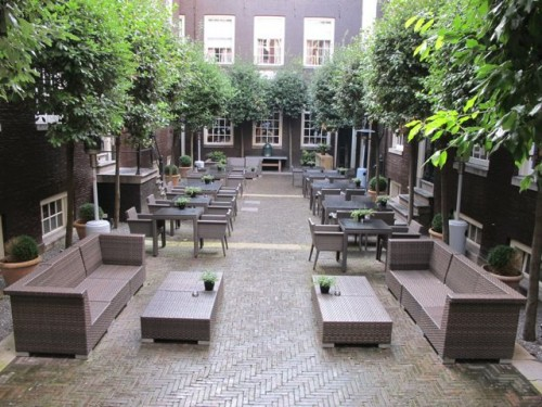 the-dylan-amsterdam-courtyard-photo