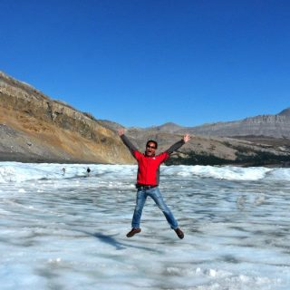 velvet-escape-athabasca-glacier-photo