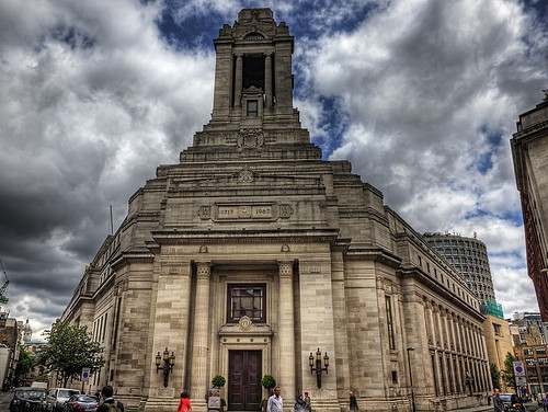 Explore the temples of London