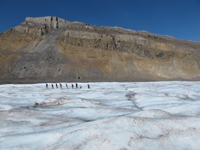 athabasca-glacier-hike-photo