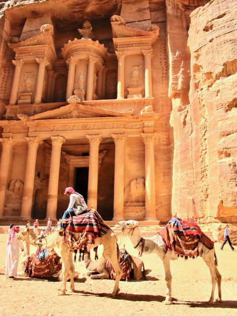 things to do in petra-photo