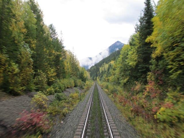 canadian-rockies-railway-photo