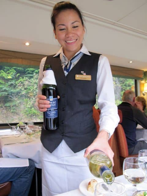 rocky-mountaineer-staff-service-photo