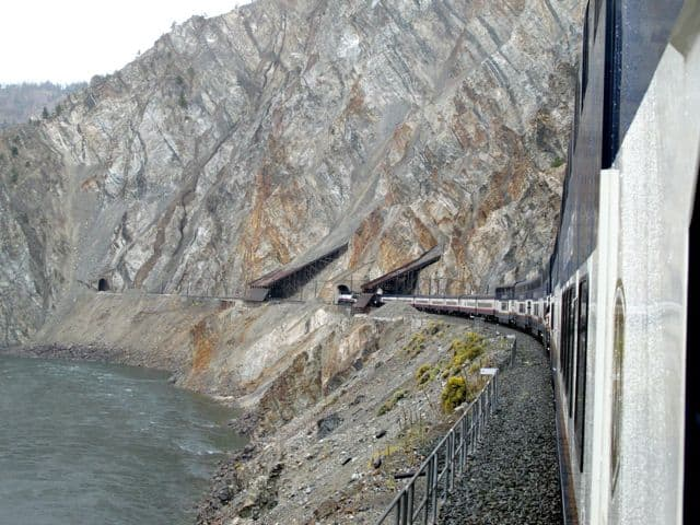 avalanche-alley-rocky-mountaineer-photo