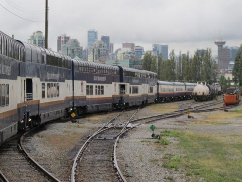 rocky-mountaineer-train-vancouver-photo