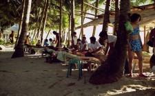 massage-white-beach-boracay-photo