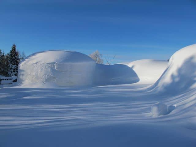 snow-village-exterior-photo