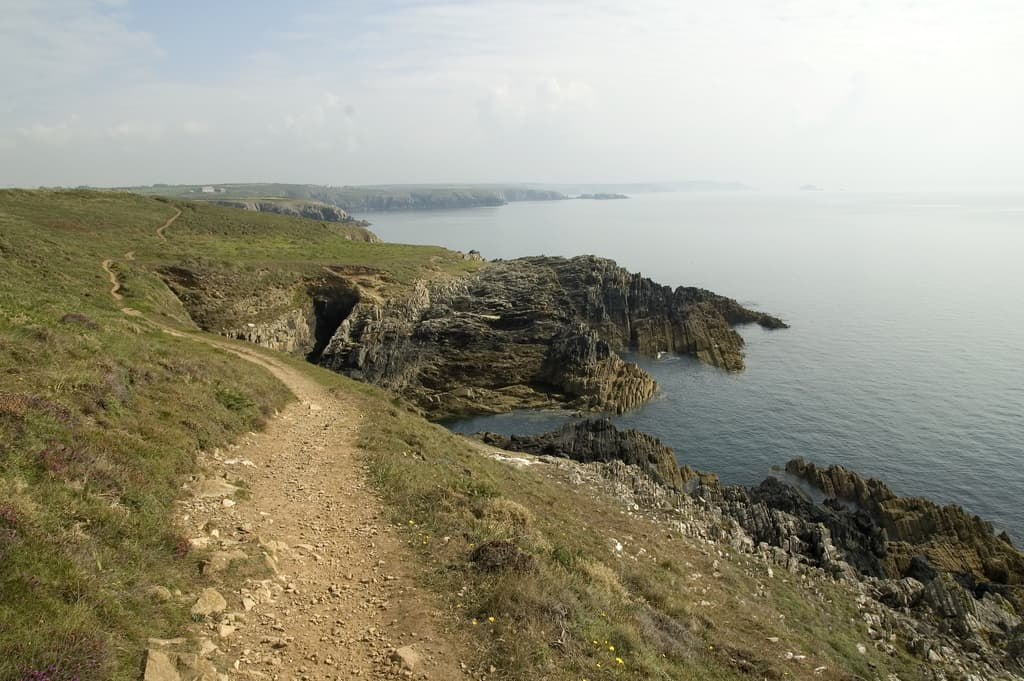 pembrokeshire-coastal-path-photo
