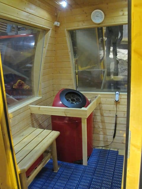 sauna-gondola-interior-photo
