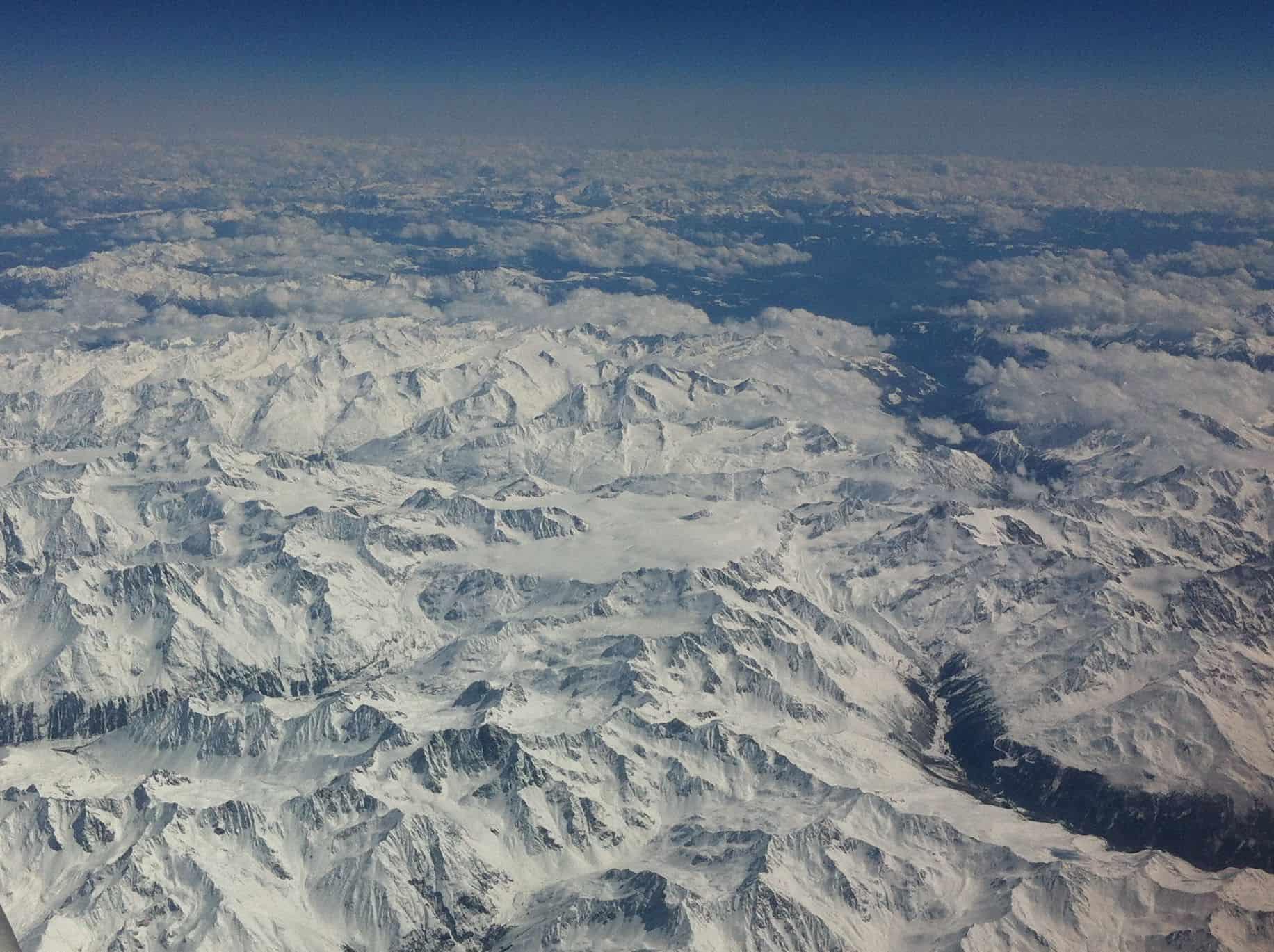 european-alps-peaks-photo