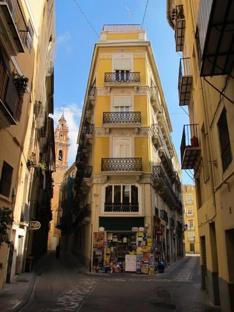 valencia-streets-photo