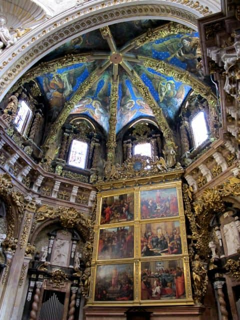 valencia-cathedral-interior-photo