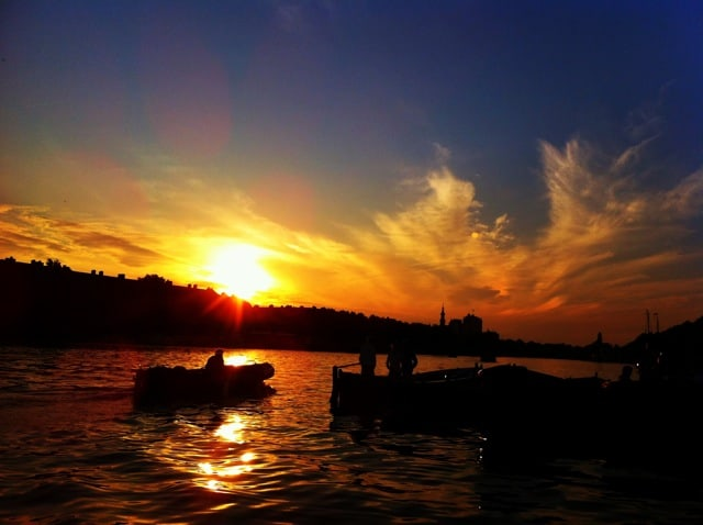 sunset-amsterdam-amstel-river-photo