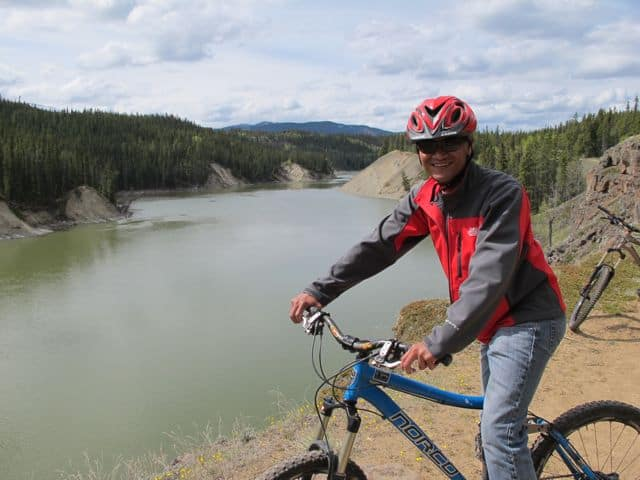 mountain-biking-yukon-photo